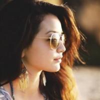 Reviewed by Priya Singh
