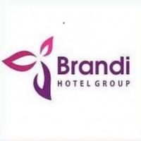 Reviewed by Brandi Hotel